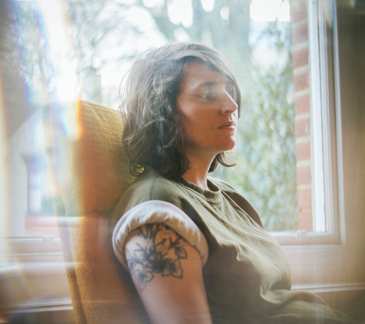 PREMIERE] Emma Kupa – Nothing At All – For The Rabbits
